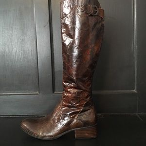 Born Crown Boots
